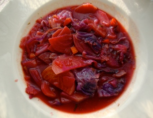Hot Beet and Cabbage Borscht https://bigsislittledish.wordpress.com/2011/01/24/hot-borscht-and-all-of-the-good-feelings-that-come-with-it/
