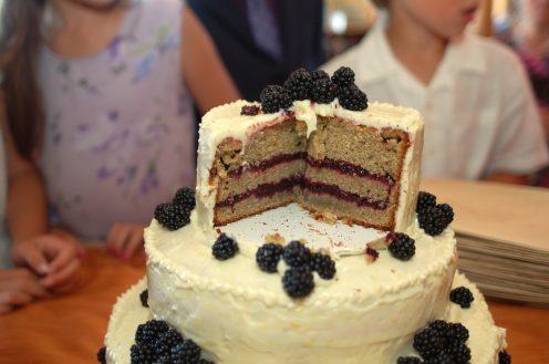 Gluten-Free Lemon Blackberry Wedding Cake https://bigsislittledish.wordpress.com/2011/09/24/gluten-free-lemon-blackberry-wedding-cake/