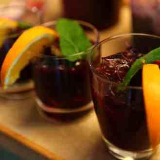 Blueberry Compote, Dressing and Cocktails https://bigsislittledish.wordpress.com/2011/10/03/blueberry-compote-blueberry-salad-dressing-blueberry-cocktails/