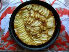 Apple Clafouti https://bigsislittledish.wordpress.com/2011/11/14/in-search-of-magical-estonian-apple-cake/