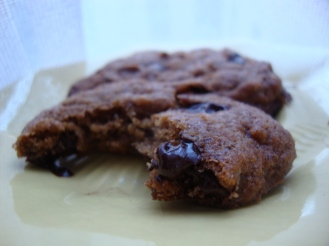 "Vegan ""Double the Butter"" Chocolate Chip Cookies (Gluten-Free and Vegan if you like) https://bigsislittledish.wordpress.com/2011/12/07/fake-double-the-butter-chocolate-chip-cookies-gluten-free-and-vegan-if-you-like/"