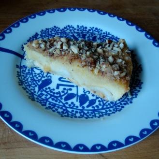 Pear and Hazelnut Pudding Cake https://bigsislittledish.wordpress.com/2011/12/16/friday-afternoon-pear-and-hazelnut-pudding-cake-gluten-free/