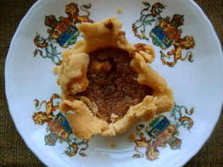 Gluten-free Butter Tarts https://bigsislittledish.wordpress.com/2011/12/25/gluten-free-butter-tarts-for-boxing-day/