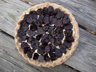 Ricotta Tart With Drunken Figs https://bigsislittledish.wordpress.com/2011/12/31/ricotta-tart-with-drunken-spiced-figs-gluten-free/