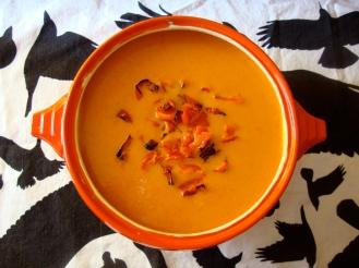 Red Pepper Soup https://bigsislittledish.wordpress.com/2012/08/25/red-pepper-soup/