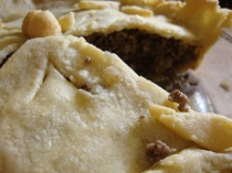 Aunt Claire's Tourtière (Gluten-free) http://bigsislittledish.wordpress.com/2012/12/22/aunt-claires-tourtiere-with-a-gluten-free-crust/