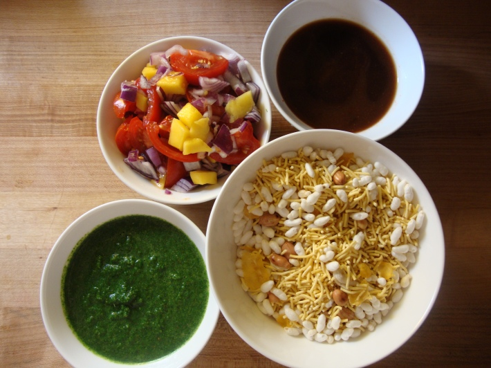how to make bhel puri without chutney