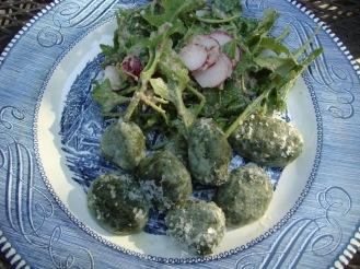 Nettle and Ramp Gnuddi (gluten-free) https://bigsislittledish.wordpress.com/2012/05/01/naked-and-imperfect-nettle-and-wild-garlic-dumplings-gluten-free-rocket-and-radish-salad-with-walnut-vinaigrette/