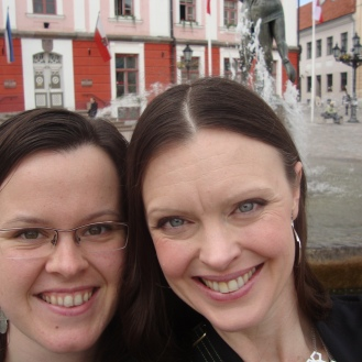Travelling Fools (in Estonia) https://bigsislittledish.wordpress.com/2012/06/12/traveling-fools/