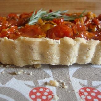 Tomato Ricotta Tart (Gluten-Free) https://bigsislittledish.wordpress.com/2012/07/21/tomatotart-tomato-pie-tomato-cobbler-all-gluten-free-or-not/
