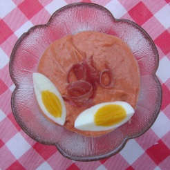 Salmorejo- Andalusian Gazpacho (Gluten-Free) https://bigsislittledish.wordpress.com/2012/08/15/salmorejo-andalusian-gazpacho-gluten-free-or-not/