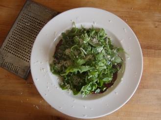 Bresaola and Arugula Salad https://bigsislittledish.com/2012/09/27/bresaola-and-arugula-salad/