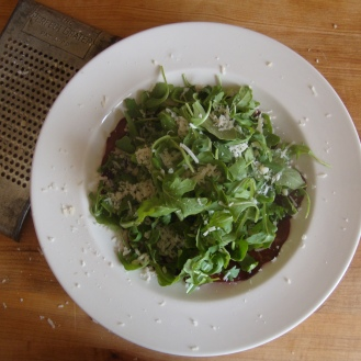 Bresaola and Arugula Salad https://bigsislittledish.com/2012/09/27/bresaola-and-arugula-salad/
