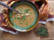 Pumpkin Walnut Soup https://bigsislittledish.wordpress.com/2012/12/20/pumpkin-walnut-soup/