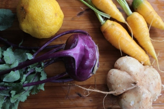 Jicama, Kohlrabi, Carrot Slaw https://bigsislittledish.wordpress.com/2013/03/29/creamy-jicama-kohlrabi-and-carrot-slaw-with-garlic-and-lemon-maui-farm-vegetables/