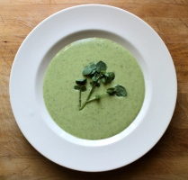 Watercress and Buttermilk Vichyssoise http://bigsislittledish.wordpress.com/2013/05/05/watercress-and-buttermilk-vichyssoise/