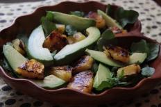 Watercress Salad with Avocado and Broiled Pineapple https://bigsislittledish.wordpress.com/2013/05/12/watercress-salad-with-avocado-and-broiled-pineapple/