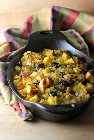 Cornbread Stuffing with Cherries and Sage https://bigsislittledish.wordpress.com/2013/11/24/cornbread-stuffing-with-sage-and-cherries-gluten-free/