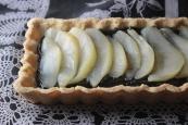 Gluten-Free Black Sesame and Ginger Poached Pear Tart https://bigsislittledish.wordpress.com/2013/12/14/black-sesame-and-ginger-poached-pear-tart-gluten-free/