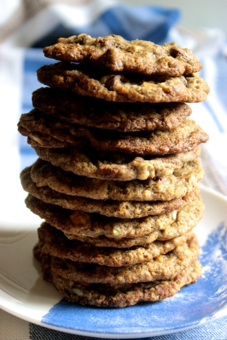 Oat Cookies that Embrace Complexity (gluten-free) https://bigsislittledish.wordpress.com/2013/12/19/oat-cookies-that-embrace-complexity-gluten-free/ https://bigsislittledish.wordpress.com/2013/12/19/oat-cookies-that-embrace-complexity-gluten-free/