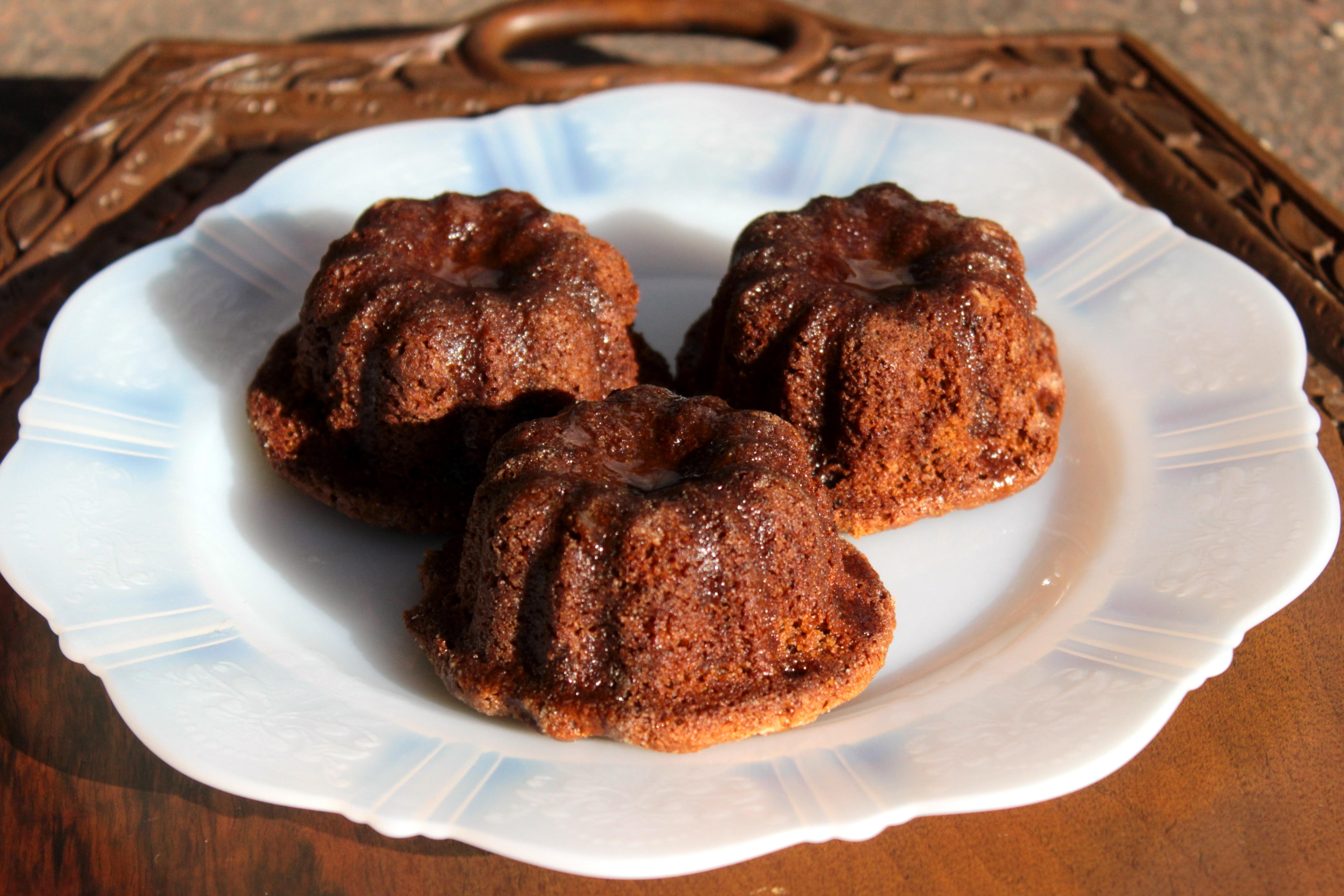 Sticky, Boozy Chocolate Plum Pudding Cake (Gluten-free or ...