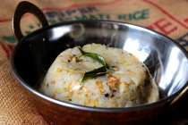 Ven Pongal https://bigsislittledish.wordpress.com/2014/01/12/rice-and-moong-dal-pudding-with-black-pepper-cumin-and-ginger-ven-pongal/
