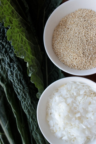 Simple Curried Quinoa with a Crunchy Kale and Coconut Topping https://bigsislittledish.wordpress.com/2014/03/02/simple-curried-quinoa-with-a-crunchy-kale-and-coconut-topping/