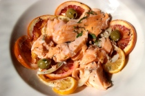 Slow Roasted Salmon with Citrus, Fennel and Green Olives http://bigsislittledish.wordpress.com/2014/03/15/slow-roasted-salmon-with-citrus-fennel-and-green-olives/