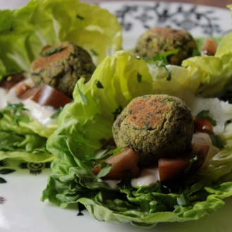 Baked Pistahcio Herb Falafel with Tahini Lemon Sauce https://bigsislittledish.wordpress.com/2014/04/26/baked-pistachio-herb-falafel-with-two-sauces/