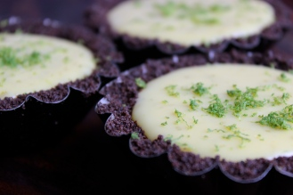 Key Lime Pie with a Gluten-Free Oreo Cookie Crust https://bigsislittledish.wordpress.com/2014/06/14/fathers-day-key-lime-pie-with-an-oreo-crust-gluten-free-or-not/
