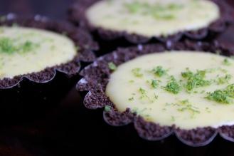 Key Lime Pie with a Gluten-Free Oreo Cookie Crust https://bigsislittledish.wordpress.com/2014/06/14/fathers-day-key-lime-pie-with-an-oreo-crust-gluten-free-or-not/