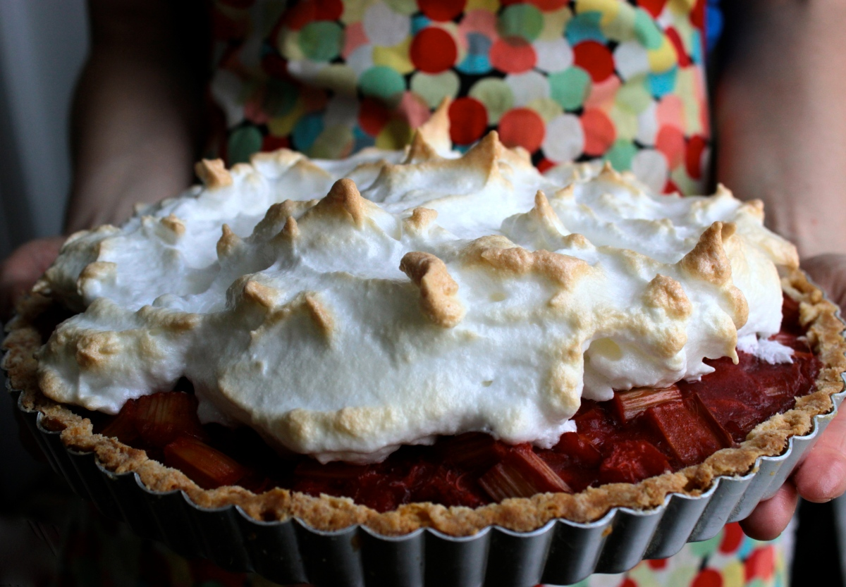 Strawberry Rhubarb Meringue Pie (gluten-free or not)