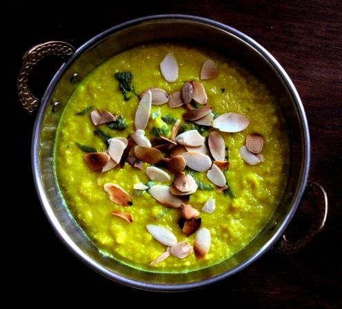Cauliflower Almond Turmeric Soup https://bigsislittledish.wordpress.com/2014/12/12/cauliflower-almond-turmeric-soup/