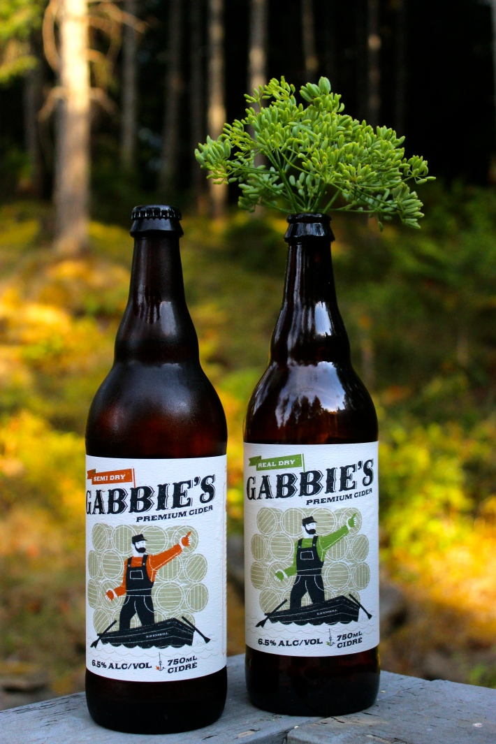 Gabbie's Hard Cider from Ravenskill Orchards and Cidery/ fresh fennel seeds