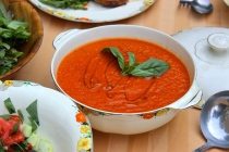 Tomato Soup with Smoked Paprika https://bigsislittledish.com/2015/09/04/tomato-soup-with-smoked-paprika/