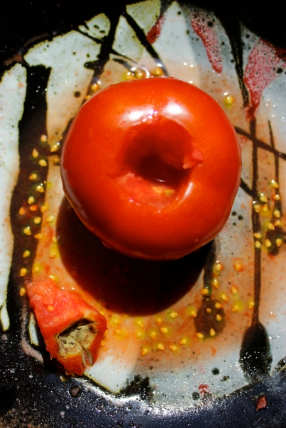 Tomato on pottery by pottery by Regina Whickham. http://reginawickham.blogspot.com/