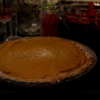 https://bigsislittledish.com/2017/11/20/vegan-and-gluten-free-pumpkin-pie/