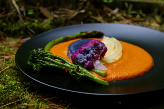 Wine Poached Vegetables with Romesco Sauce https://bigsislittledish.com/2018/06/01/wine-poached-vegetables-served-with-romesco-sauce/