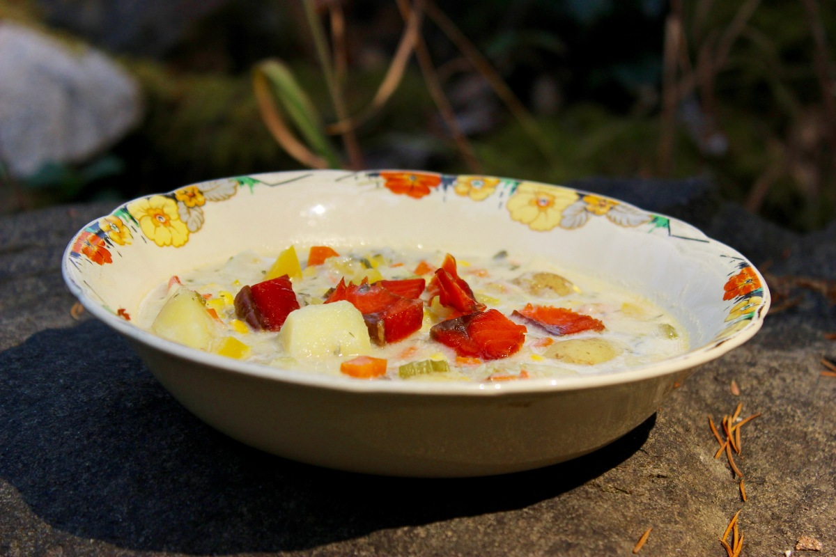 Corn and Seafood Chowder (Dairy-Free)